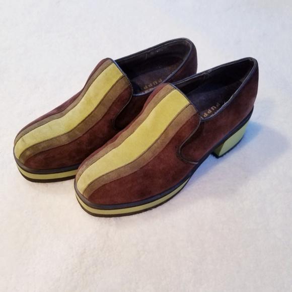 b8c24ac9a49 Hush Puppies Shoes - VINTAGE 1980's Hush Puppie Platform Slipon Loafers